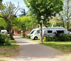 emplacement Camping Les Amandiers